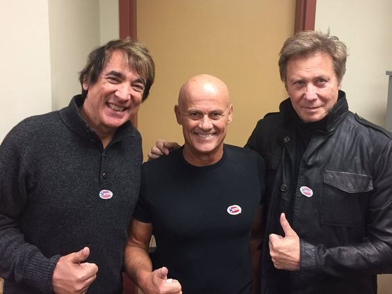 Chicago's Robert Lamm poses with perhaps the best percussion combo in the business