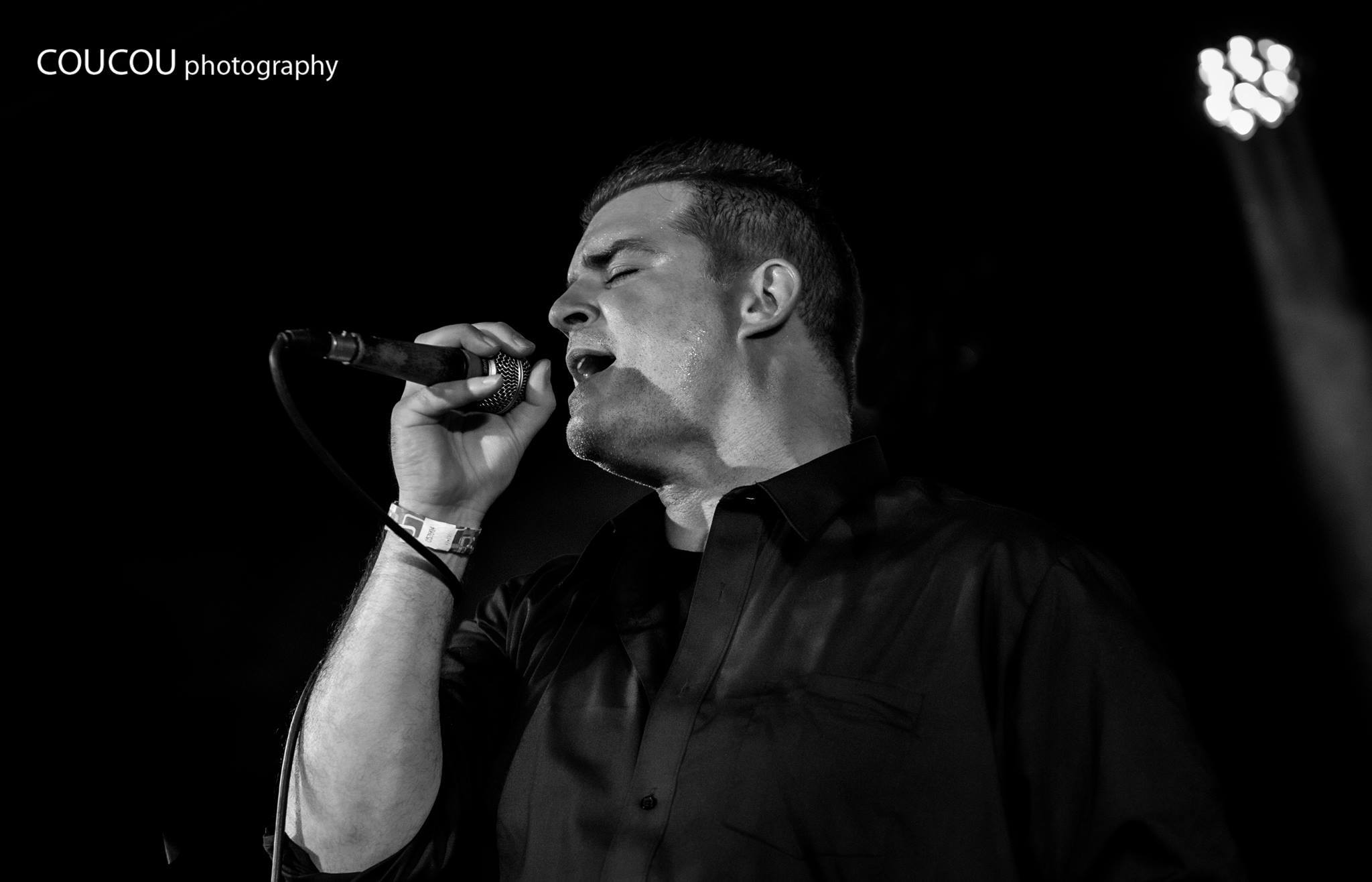 Lead singer Gene Potts (photo courtesy of Coucou Photography)